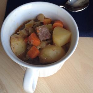 easy-beef-stew-carrots-potato-grass-fed-beef-fall-comfort-food-clover-meadows-beef-grass-fed-beef-saint-louis-missouri